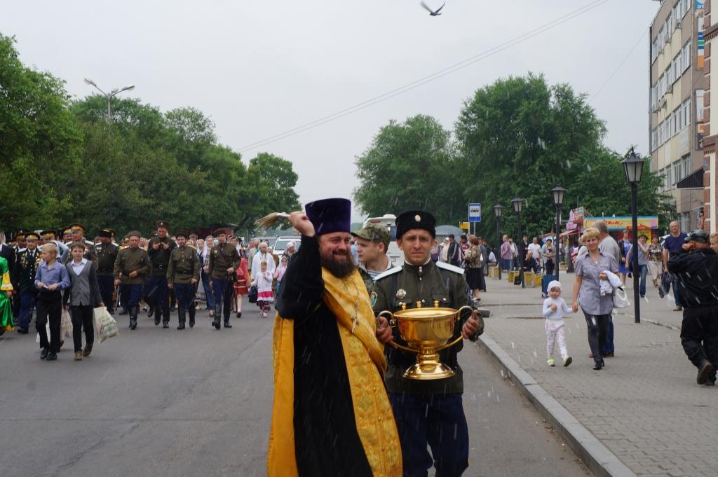 Крестный ход, Фото с места события собственное