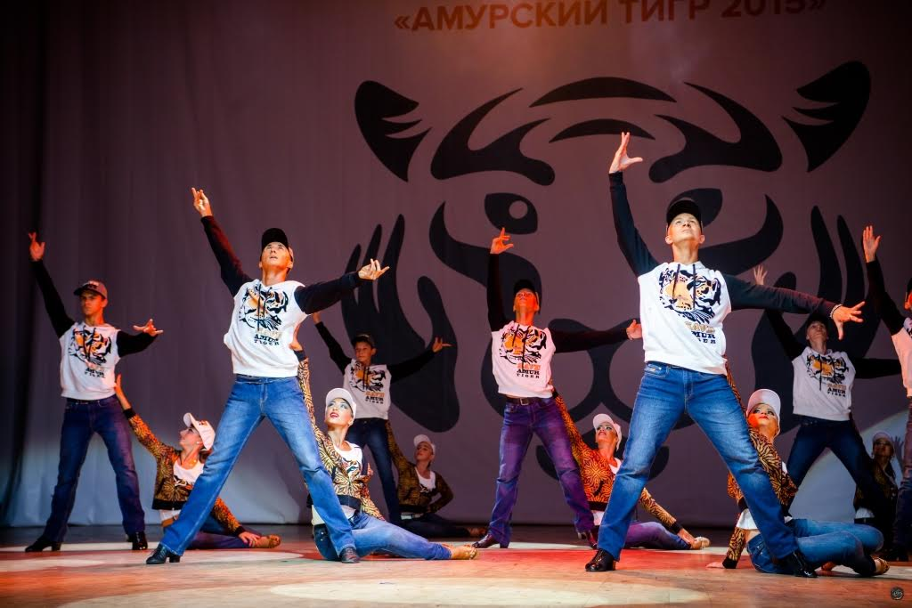 Коллекция одежды Valentin Yudashkin for Amur Tiger